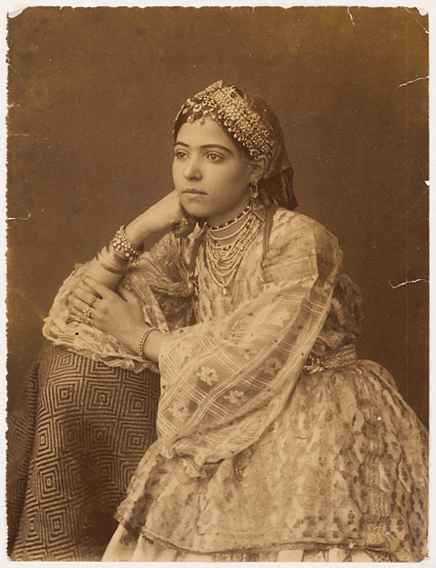 Anonyme, 2e moitié du 19e siècle, Femme berbère, aristotypie.