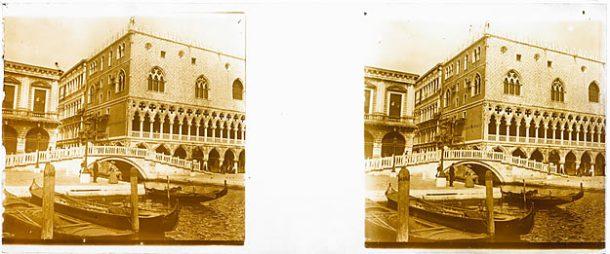 Anonyme, Un angle du Palais des doges, entre 1908 et 1909, gélatino-bromure d'argent.