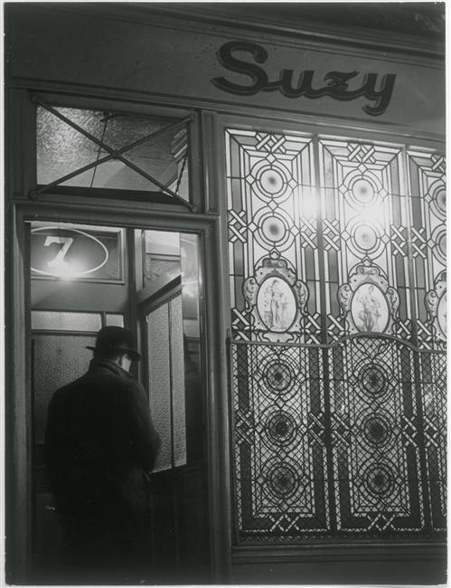 Brassaï (dit), Halasz Gyula (1899-1984), Chez Suzy, rue Grégoire de Tours, vers 1932, épreuve argentique