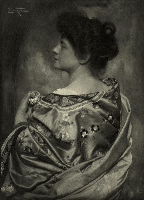 Frank Eugene, La baronne Von P. en kimono, vers 1900, MET, NY