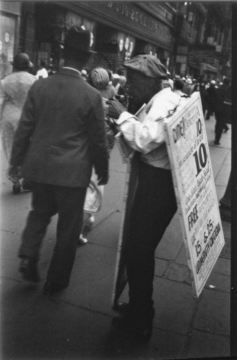 Homme-sandwich, 14e rue NY, 1933-1934, Walker Evans, MET