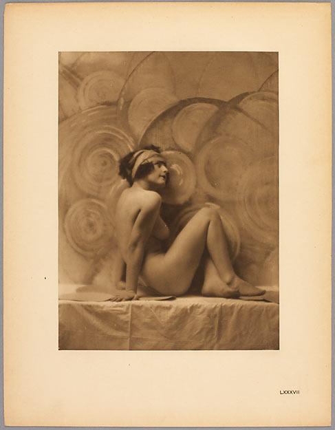 WALERY (dit), OSTROROG Stanislas Julien (comte). Nu féminin au turban, vers 1925, héliogravure.