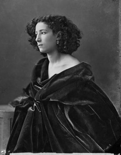 Sarah Bernhardt_Nadar_1864