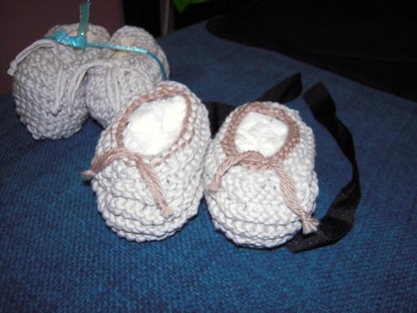Chaussons bébé en tricot